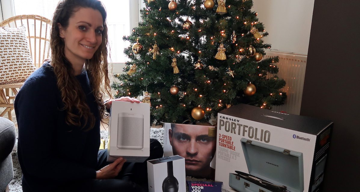5 awesome Christmas gifts for music lovers
